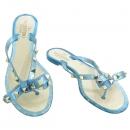 VALENTINO(발렌티노) PW2S0552 블루 컬러 PVC 금장 락스터드 리본 장식 플립플랍 [강남본점]