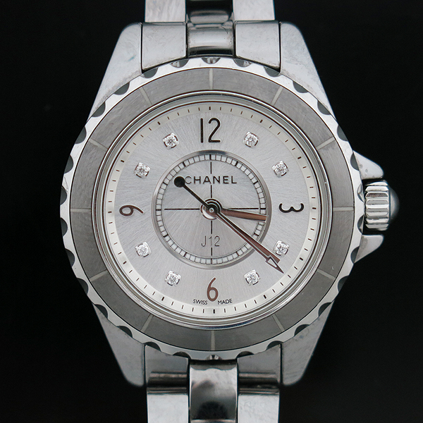 Chanel(샤넬) H2685 J12 29MM 그레이 티타늄 세라믹 베젤 쿼츠 8포인트 다이아 여성용 시계 [인천점] 이미지2 - 고이비토 중고명품