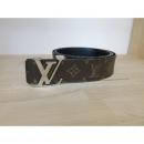 Louis Vuitton(루이비통)M9821U 모노그램 캔버스 LV이니셜 리버서블 남성용벨트