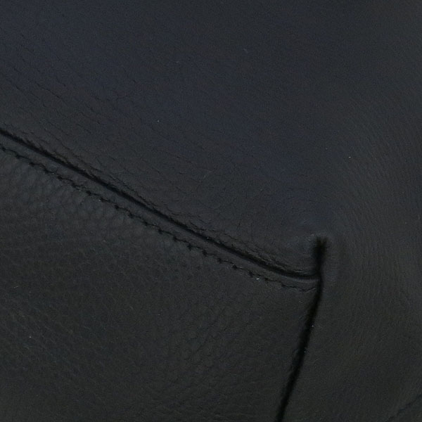 Gucci(구찌) 449650 블랙 레더 인터로킹 G 참 장식 2WAY [동대문점] 이미지5 - 고이비토 중고명품