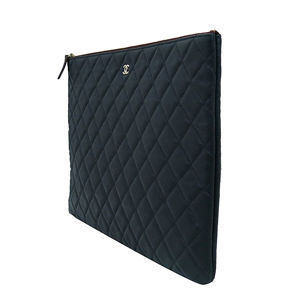 Chanel(샤넬) 블랙 캐비어스킨 금장 COCO로고 백포켓 XL사이즈 클러치백 [부산센텀본점] 이미지3 - 고이비토 중고명품