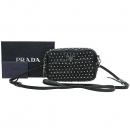 Prada(프라다) 1N1674 은장 로고 장식 스터드 장식 SAFFIANO(사피아노) 스트랩 미니 크로스백 [강남본점]