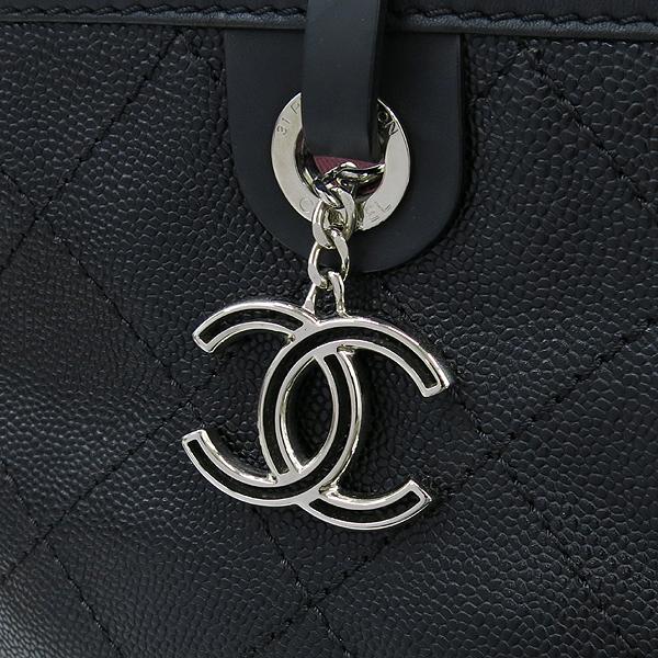 Chanel(샤넬) COCO로고 장식 캐비어스킨 스티치 레더 쇼퍼 숄더백 + 보조 파우치 [강남본점] 이미지4 - 고이비토 중고명품