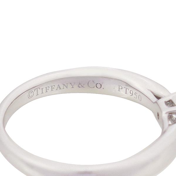 Tiffany(티파니) 31606233 PT950 플래티늄골드 0.2캐럿 I컬러 VS2 1포인트 다이아 티파니셋팅 웨딩 반지 [강남본점] 이미지3 - 고이비토 중고명품