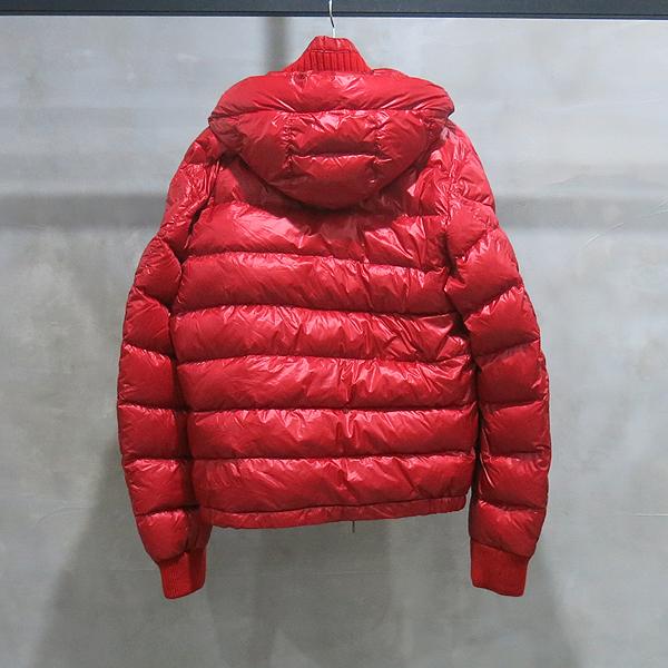 MONCLER(몽클레어) FEDOR GIUBBOTTO 레드컬러 다운 여성용 패딩 자켓 [인천점] 이미지4 - 고이비토 중고명품