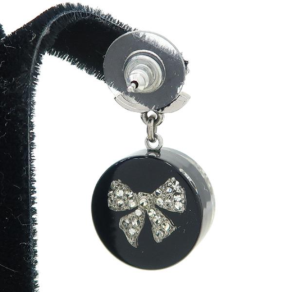 Chanel(샤넬) COCO 디테일 규빅 장식 귀걸이 [강남본점] 이미지3 - 고이비토 중고명품