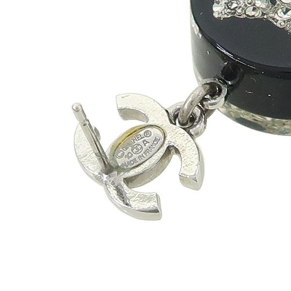 Chanel(샤넬) COCO 디테일 규빅 장식 귀걸이 [강남본점] 이미지4 - 고이비토 중고명품