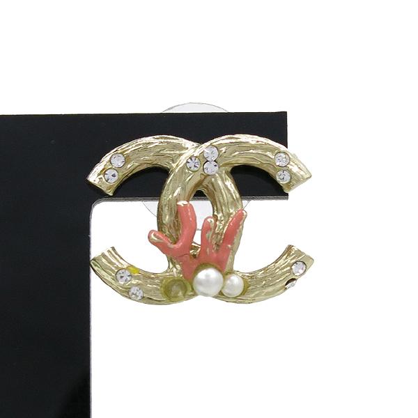 Chanel(샤넬) COCO 로고 장식 진주 커스텀 금장 귀걸이 [강남본점] 이미지2 - 고이비토 중고명품