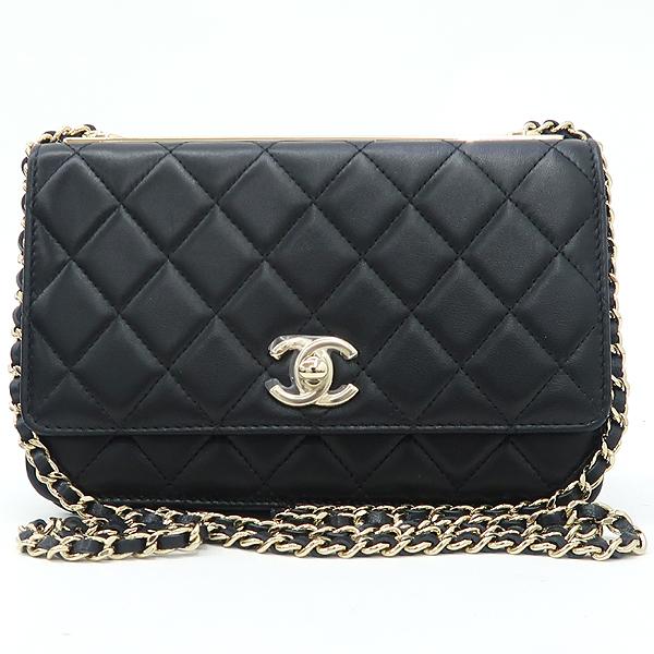 Chanel(샤넬) A80982 블랙 컬러 램스킨 레더 트렌디 COCO 로고 금장 장식 WOC 월릿 온 체인 크로스백 [강남본점] 이미지2 - 고이비토 중고명품