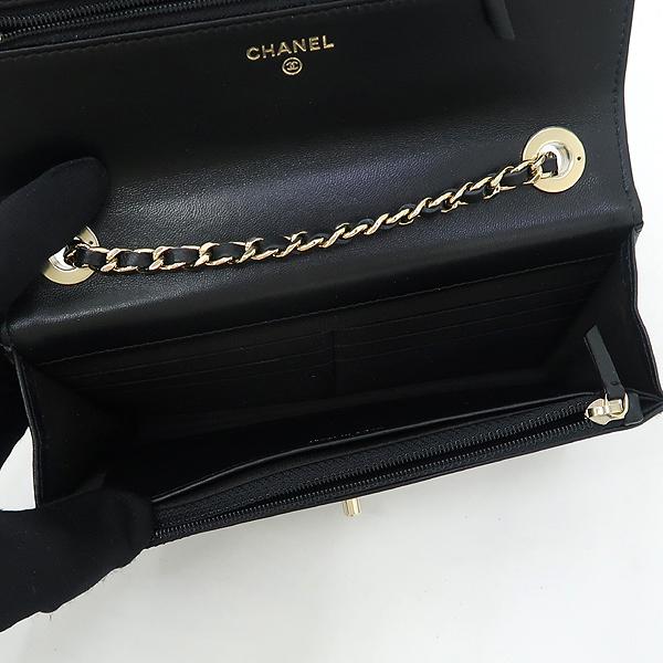 Chanel(샤넬) A80982 블랙 컬러 램스킨 레더 트렌디 COCO 로고 금장 장식 WOC 월릿 온 체인 크로스백 [강남본점] 이미지5 - 고이비토 중고명품