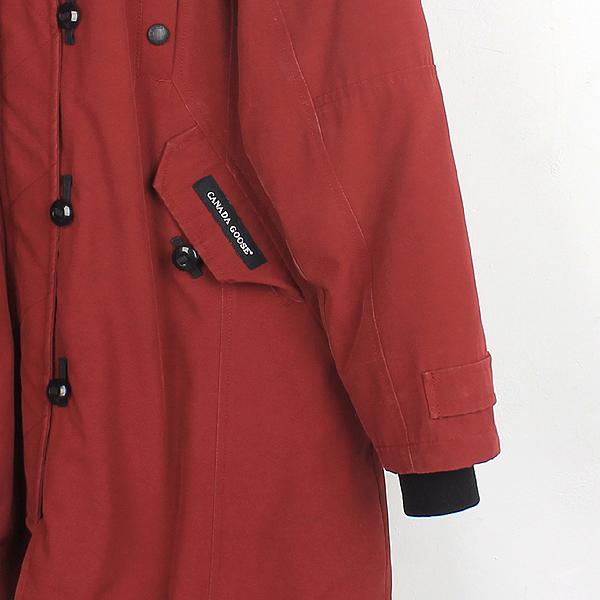 CANADA GOOSE(캐나다구스) 2506LA 레드 컬러 코요테 퍼 장식 켄싱턴 여성용 패딩 [대구반월당본점] 이미지2 - 고이비토 중고명품