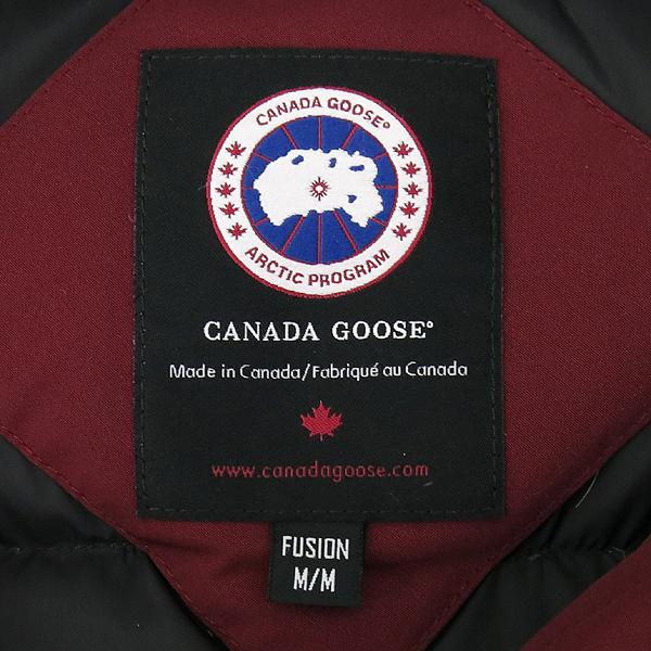 CANADA GOOSE(캐나다구스) 2506LA 레드 컬러 코요테 퍼 장식 켄싱턴 여성용 패딩 [대구반월당본점] 이미지4 - 고이비토 중고명품