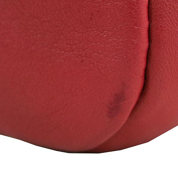 Chanel(샤넬) A34877 레드 컬러 카프스킨 레더 은장 체인 장식 숄더백 [대구동성로점] 이미지5 - 고이비토 중고명품