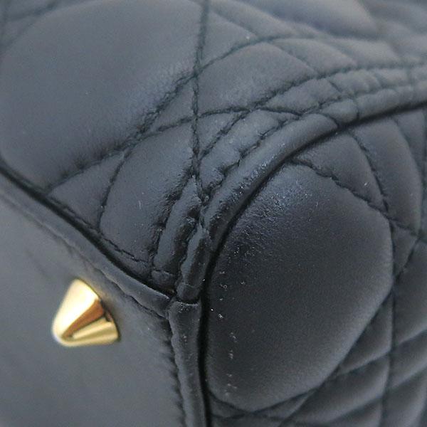 Dior(크리스챤디올) CAL44550 블랙 까나쥬 램스킨 LADY DIOR(레이디 디올) 2WAY [부산센텀본점] 이미지4 - 고이비토 중고명품