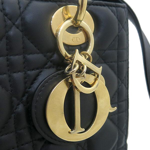 Dior(크리스챤디올) CAL44550 블랙 까나쥬 램스킨 LADY DIOR(레이디 디올) 2WAY [부산센텀본점] 이미지5 - 고이비토 중고명품