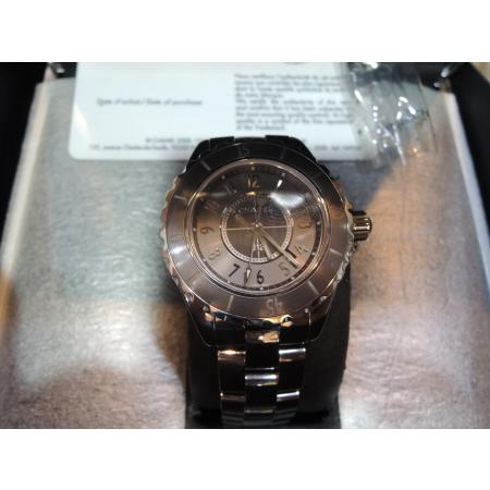 Chanel(샤넬)H2978 J12 그레이 티타늄 세라믹 CHROMATIC(크로매틱) 아날로그 남여공용 시계[부산남포점]