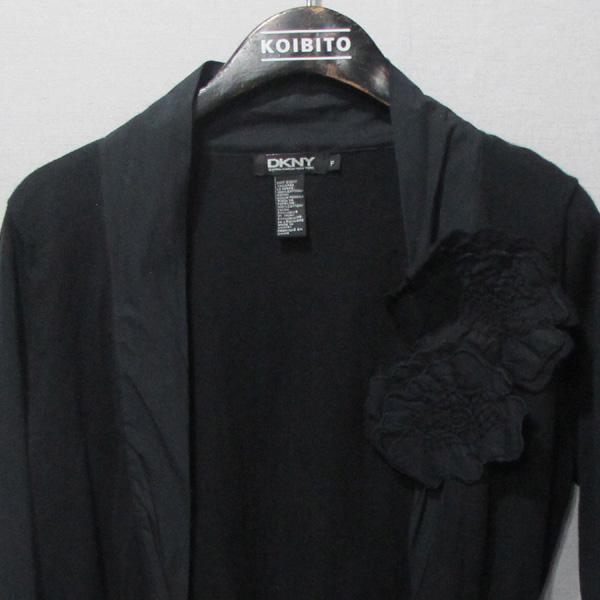 DKNY(도나카란) 블랙컬러 니트 코사지 디테일 숏 여성용 가디건 [대구반월당본점] 이미지2 - 고이비토 중고명품