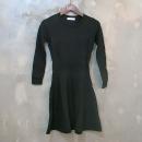 Sandro(산드로) 블랙 컬러 니트 여성용 원피스 [대구동성로점]