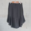 Armani(아르마니) 엠포리오 블랙 컬러 프릴 장식 여성용 스커트 [동대문점]