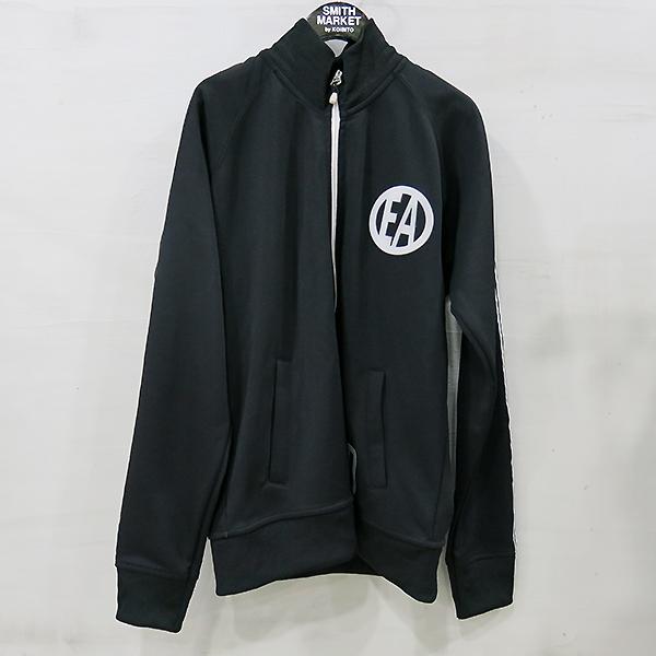 Emporio Armani(엠포리오 아르마니) 폴리에스터 혼방 블랙 컬러 화이트 스트라이프 로고 포인트 남성용 자켓 [부산센텀본점]