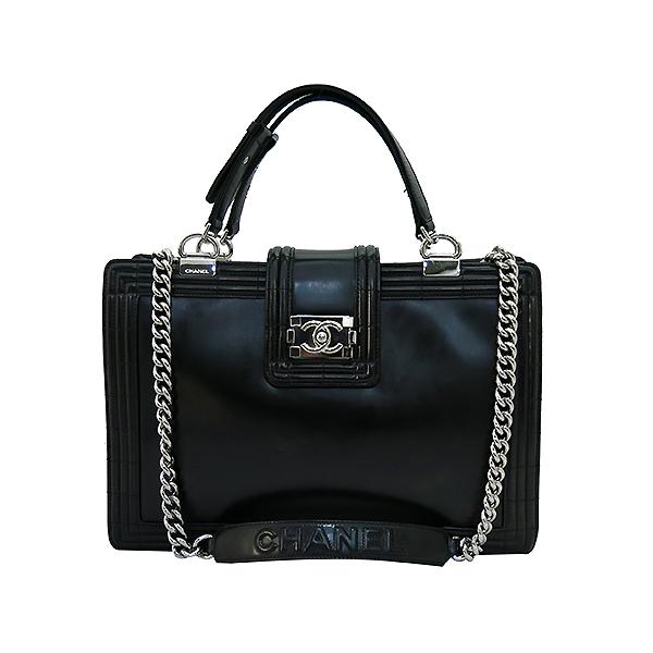 Chanel(샤넬) 블랙 레더 페이던트 보이 토트백  + 체인 숄더 스트랩 2WAY [부산센텀본점] 이미지2 - 고이비토 중고명품