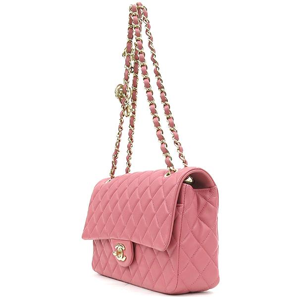 Chanel(샤넬) A90214 2014 프리컬렉션 핑크 컬러 램스킨 까멜리아 장식 클래식 M 사이즈 체인 숄더백 [강남본점] 이미지3 - 고이비토 중고명품
