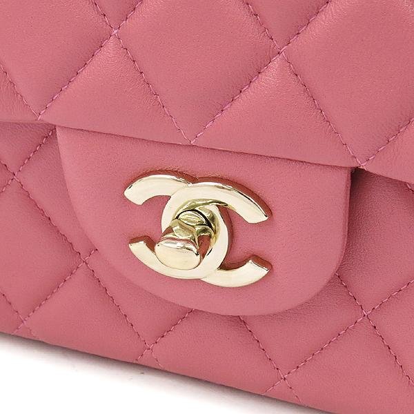 Chanel(샤넬) A90214 2014 프리컬렉션 핑크 컬러 램스킨 까멜리아 장식 클래식 M 사이즈 체인 숄더백 [강남본점] 이미지4 - 고이비토 중고명품