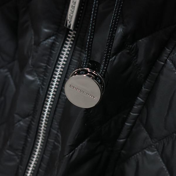 Burberry(버버리) 블랙 컬러 누빔 여성용 퀼팅 패딩 자켓 [인천점] 이미지3 - 고이비토 중고명품