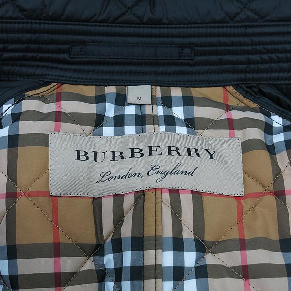 Burberry(버버리) 블랙 컬러 누빔 여성용 퀼팅 패딩 자켓 [인천점] 이미지5 - 고이비토 중고명품