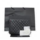 Chanel(샤넬) A82045Y08140 블랙 캐비어 스킨 은장 COCO 로고 뉴미듐 클러치백 [대구반월당본점]