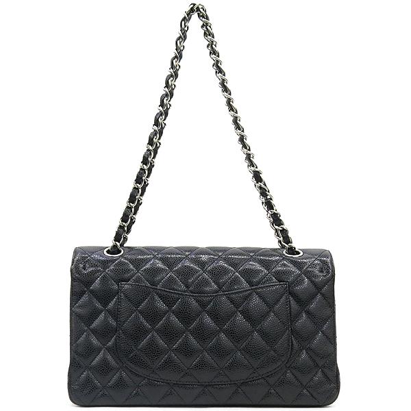 Chanel(샤넬) A0112Y01588 캐비어스킨 블랙 클래식 M사이즈 은장로고 체인 숄더백 [강남본점] 이미지4 - 고이비토 중고명품