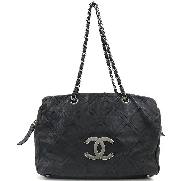 Chanel(샤넬) COCO로고 장식 블랙 레더 스티치 은장 체인 숄더백 [강남본점]