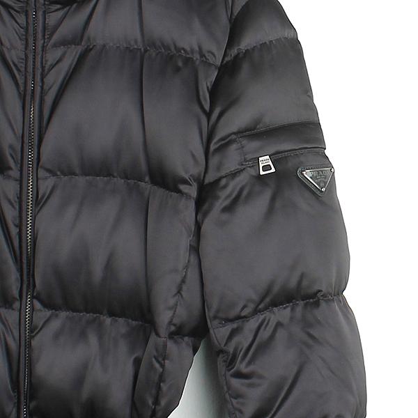 Prada(프라다) 블랙 컬러 구스다운 여성용 패딩 점퍼 [강남본점] 이미지2 - 고이비토 중고명품