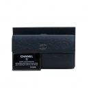 Chanel(샤넬) A48683Y25020 C6546 램스킨 블랙 까멜리아 엠보싱 금장로고 더블 장지갑 [부산센텀본점]