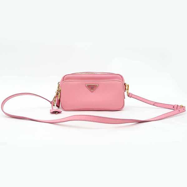 Prada(프라다) BT1010 핑크 컬러 사피아노 레더 삼각 로고 장식 카메라 케이스 크로스백 [강남본점]