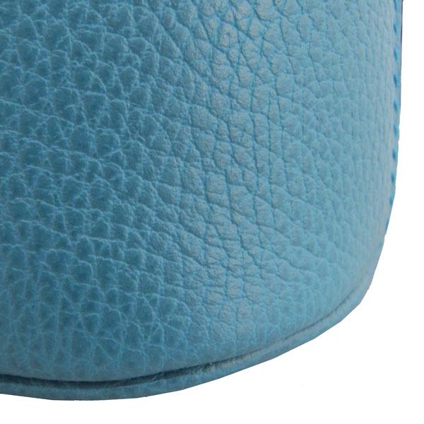 Gucci(구찌) 449661 코발트 블루 컬러 레더 인터로킹 G 참 장식 MINI DORM (미니 돔) 토트백 + 숄더스트랩 [대구반월당본점] 이미지4 - 고이비토 중고명품