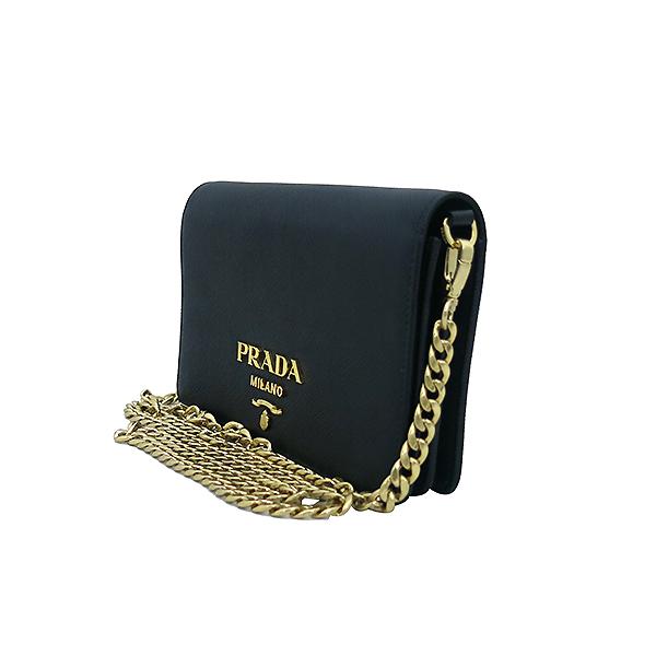 Prada(프라다) 1BP006 SAFFIANO LUX 사피아노 럭스 블랙 컬러 미니 체인 크로스백 [부산센텀본점] 이미지3 - 고이비토 중고명품