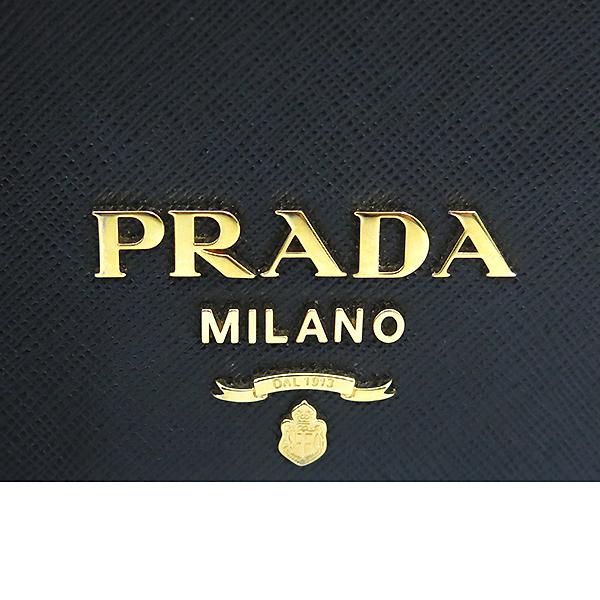 Prada(프라다) 1BP006 SAFFIANO LUX 사피아노 럭스 블랙 컬러 미니 체인 크로스백 [부산센텀본점] 이미지4 - 고이비토 중고명품