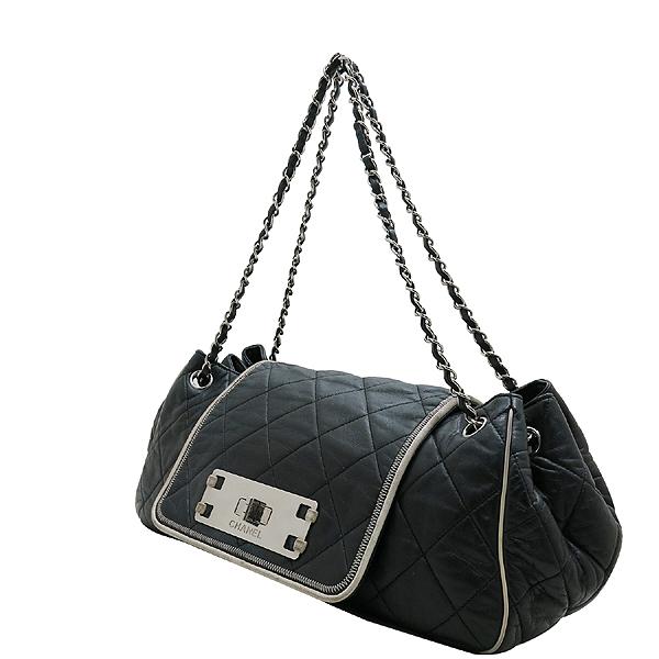Chanel(샤넬) A37694Y04833 블랙 퀼팅 램스킨 레더 이스트 웨스트 아코디언 체인 숄더백 [인천점] 이미지2 - 고이비토 중고명품