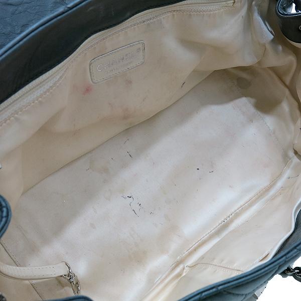 Chanel(샤넬) A37694Y04833 블랙 퀼팅 램스킨 레더 이스트 웨스트 아코디언 체인 숄더백 [인천점] 이미지6 - 고이비토 중고명품