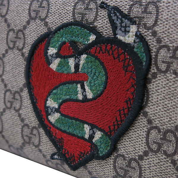 Gucci(구찌) 크루즈 컬렉션 456863 GG 슈프림 패치 장식 집업 장지갑 [인천점]