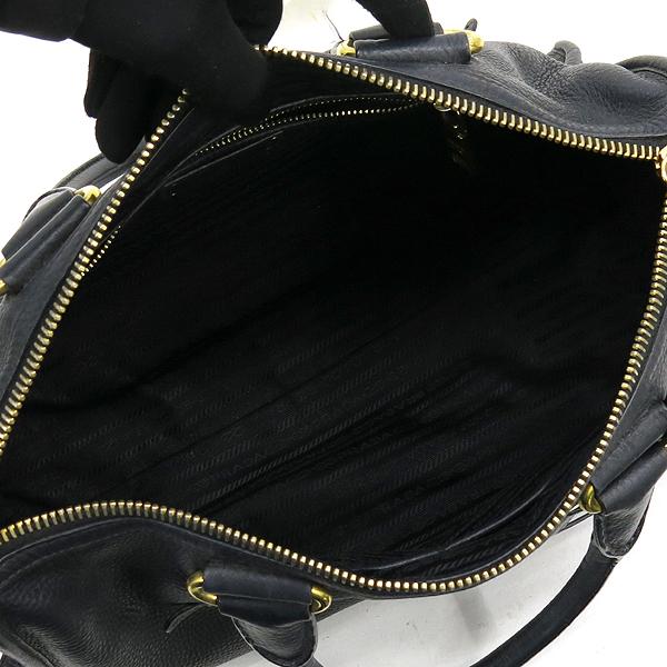 Prada(프라다) BL0805 VIT.DAINO NERO 블랙 컬러 레더 금장 로고 장식 토트백 + 숄더스트랩 2WAY [강남본점] 이미지5 - 고이비토 중고명품