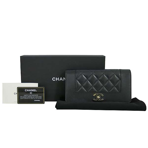Chanel(샤넬) A58600 블랙 레더 금장 COCO로고 집업 장지갑 [동대문점]