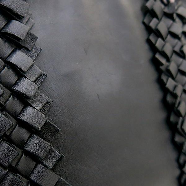 BOTTEGAVENETA (보테가베네타) 한정판 블랙레더 위빙 체인 토트백 [부산센텀본점] 이미지4 - 고이비토 중고명품