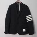 THOM BROWNE(톰브라운) MJU490A 면 100% 네이비 컬러 사선 완장 남성용 자켓 [대구반월당본점]