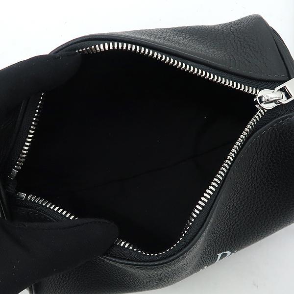 Dior(크리스챤디올) Dior HOMME(디올옴므) 아틀리에 이니셜 로고 블랙 레더 롤러 컬러치겸 크로스백 [강남본점] 이미지5 - 고이비토 중고명품