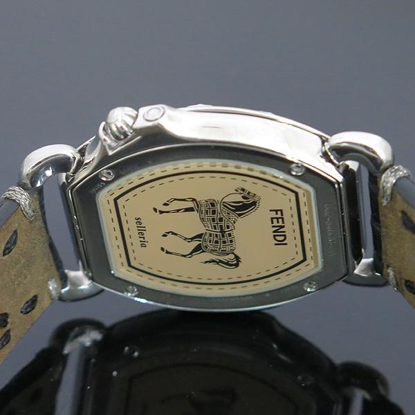 Fendi(펜디) 8400M 셀러리아 베젤 다이아 자개판 가죽 밴드 여성용 시계 [동대문점] 이미지4 - 고이비토 중고명품