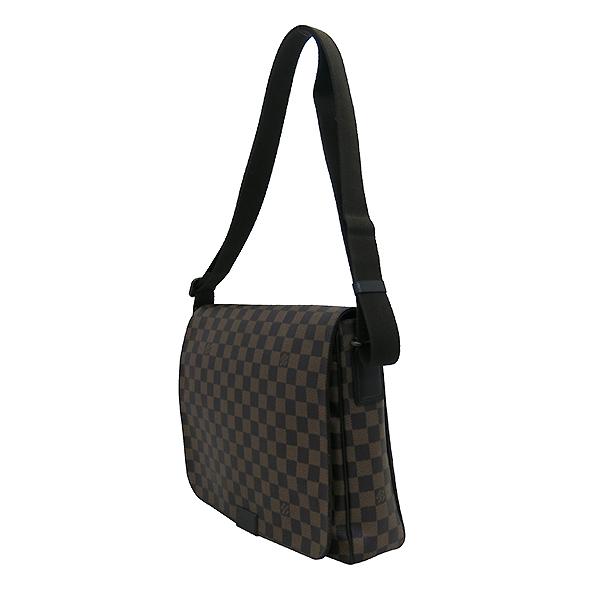 Louis Vuitton(루이비통) N41212 다미에 에벤 캔버스 디스트릭트 MM 크로스백 [부산센텀본점] 이미지3 - 고이비토 중고명품
