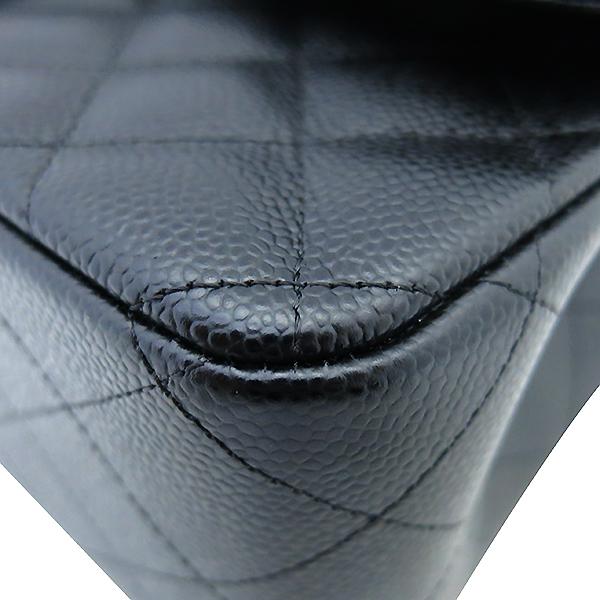Chanel(샤넬) A58600 캐비어스킨 블랙 클래식 점보 L사이즈 금장로고 체인 플랩 숄더백 [부산센텀본점] 이미지5 - 고이비토 중고명품