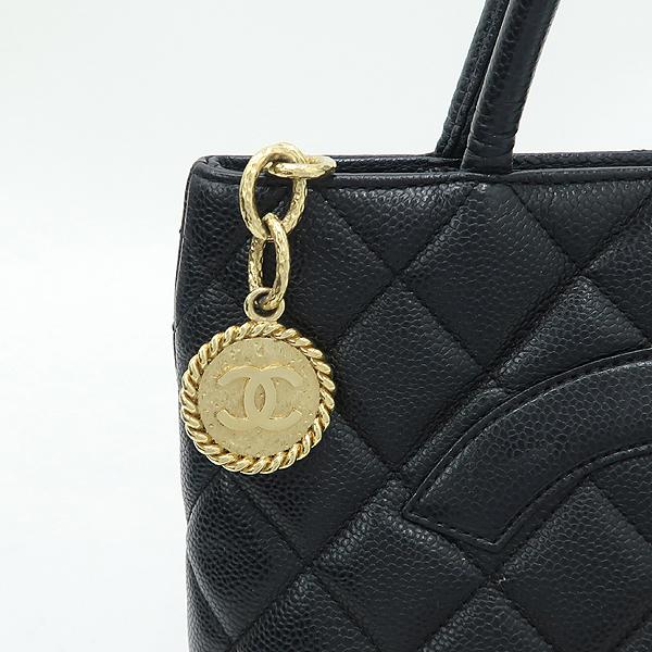 Chanel(샤넬) A01804 블랙 캐비어 스킨 금장 코인 토트백 [강남본점] 이미지5 - 고이비토 중고명품